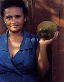 Sharon Lockhart, Maria da Conceição Pereira de Souza with the Fruits of the Island